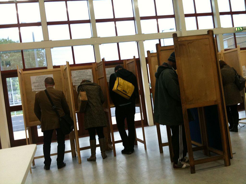 1024px-Voting_in_Hackney
