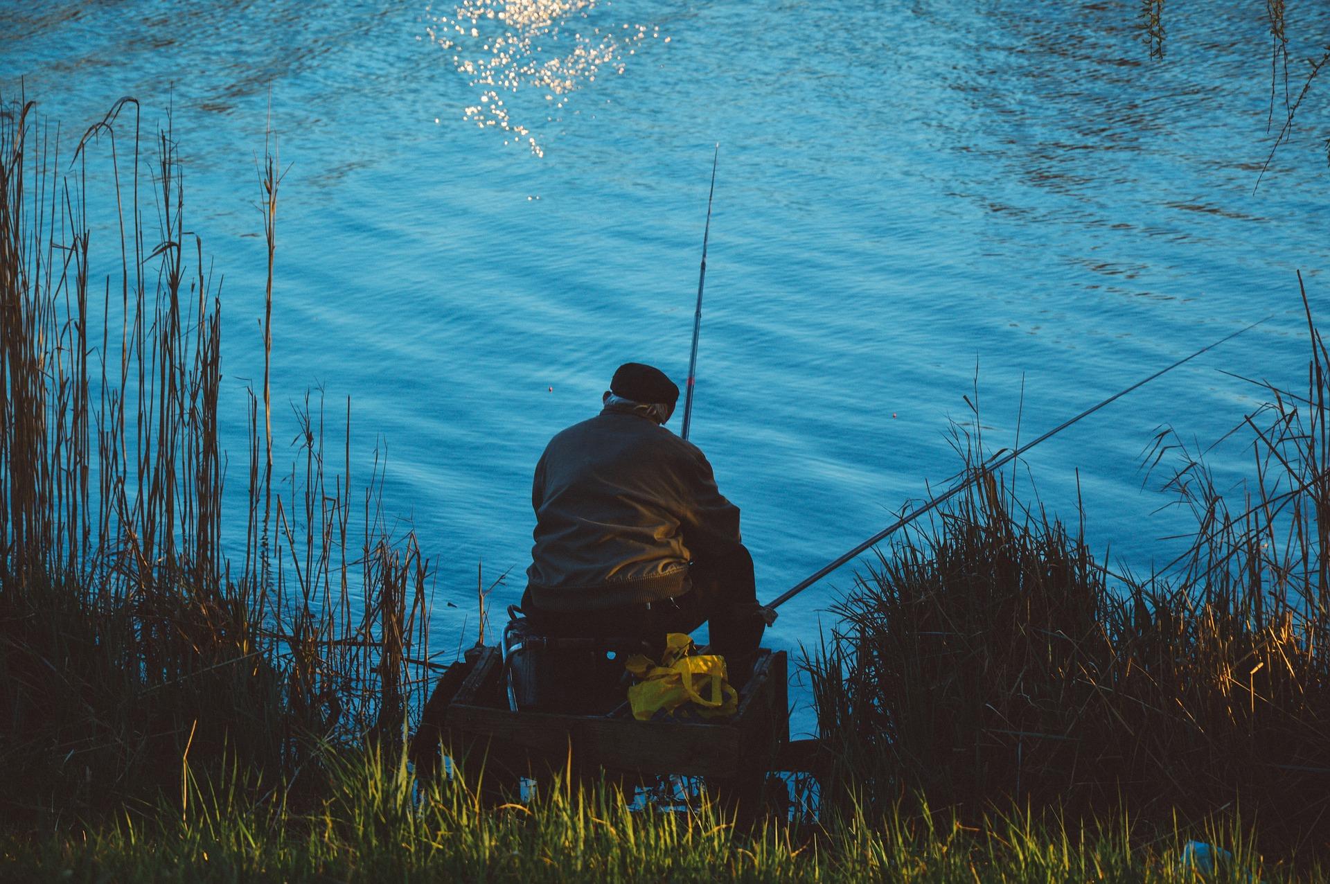 fishing-931991_1920