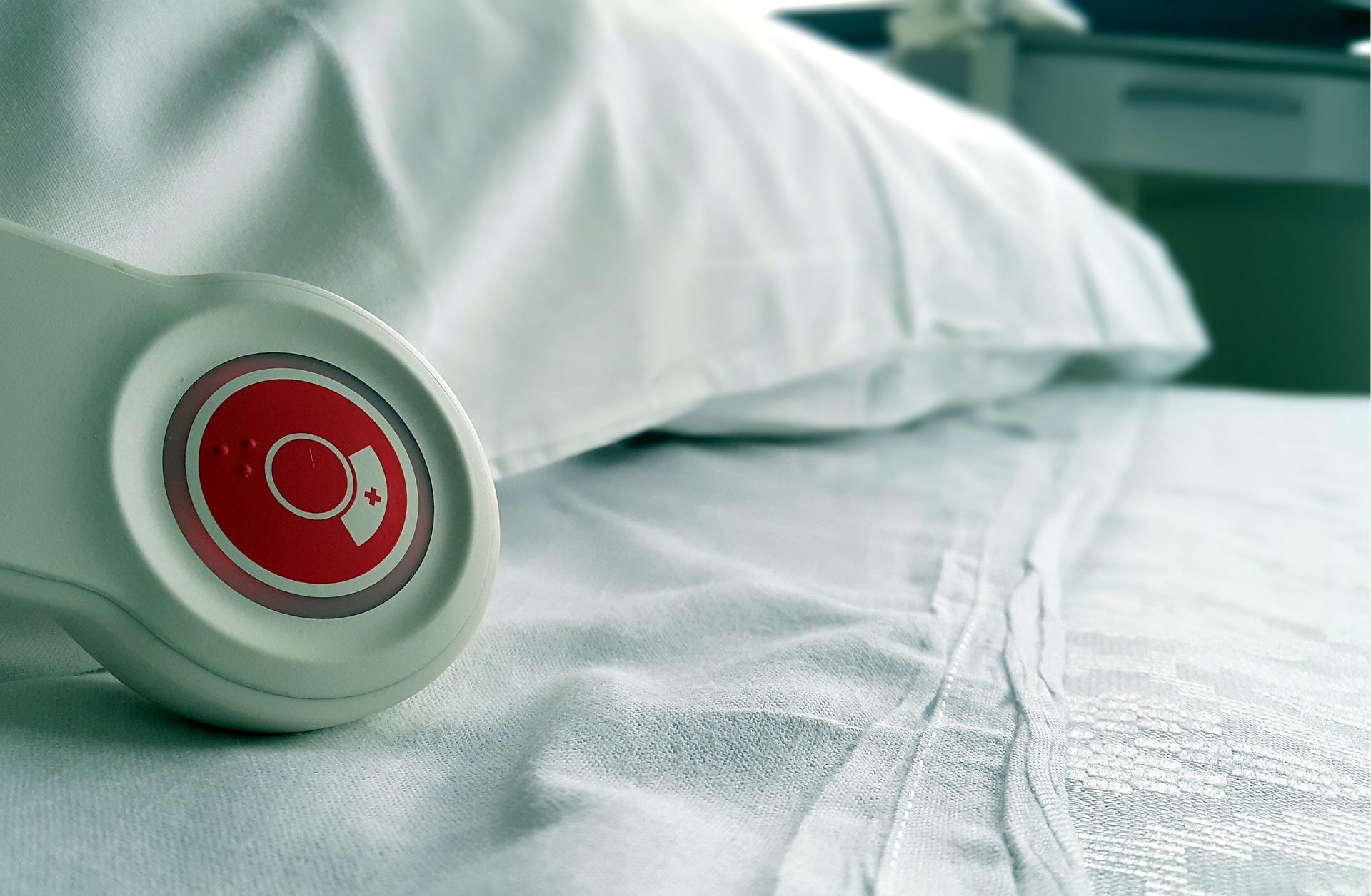 hospital-736568_1920