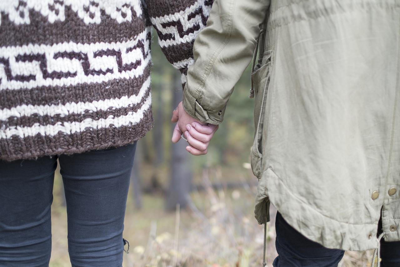 couple-690765_1280