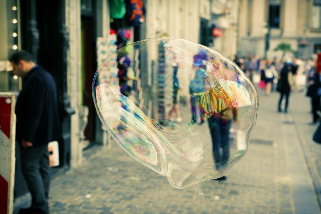 soap-bubble-406944_1920