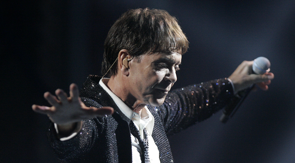 sir cliff richard on stage