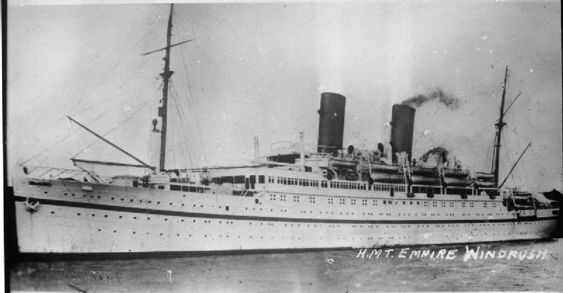 https://upload.wikimedia.org/wikipedia/commons/1/15/HMT_Empire_Windrush_FL9448.jpg