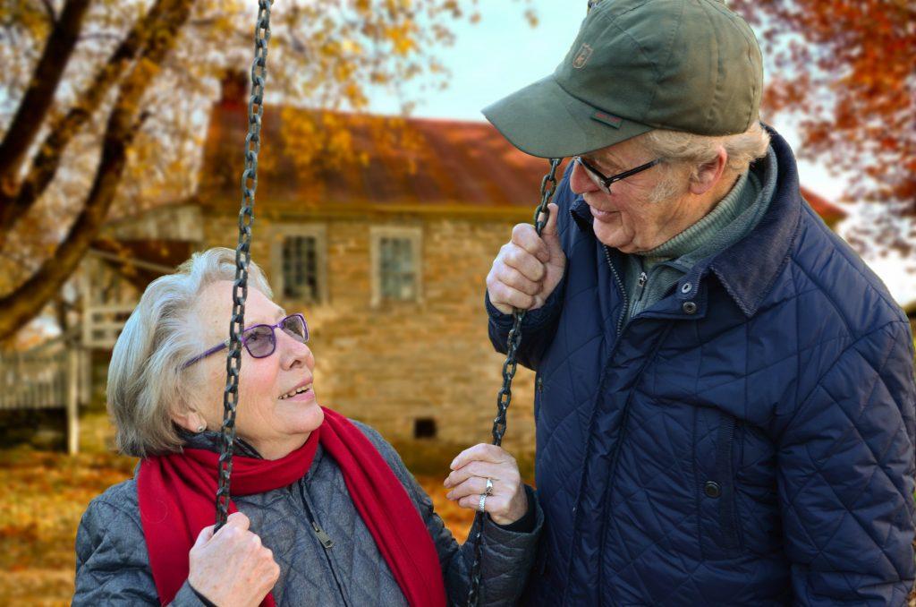 https://www.pexels.com/photo/couple-elderly-man-old-34761/