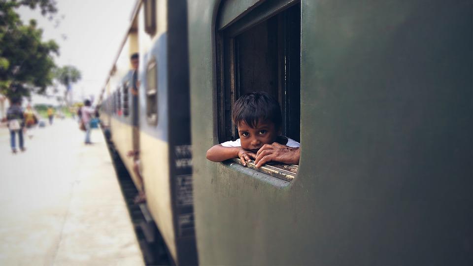 https://pixabay.com/en/indian-portrait-train-india-focus-3535631/