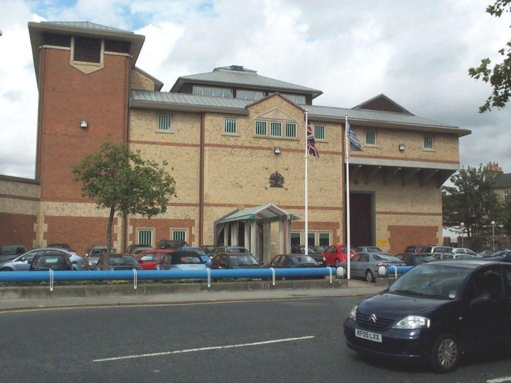 https://en.wikipedia.org/wiki/HM_Prison_Bedford#/media/File:BedfordGaol.JPG