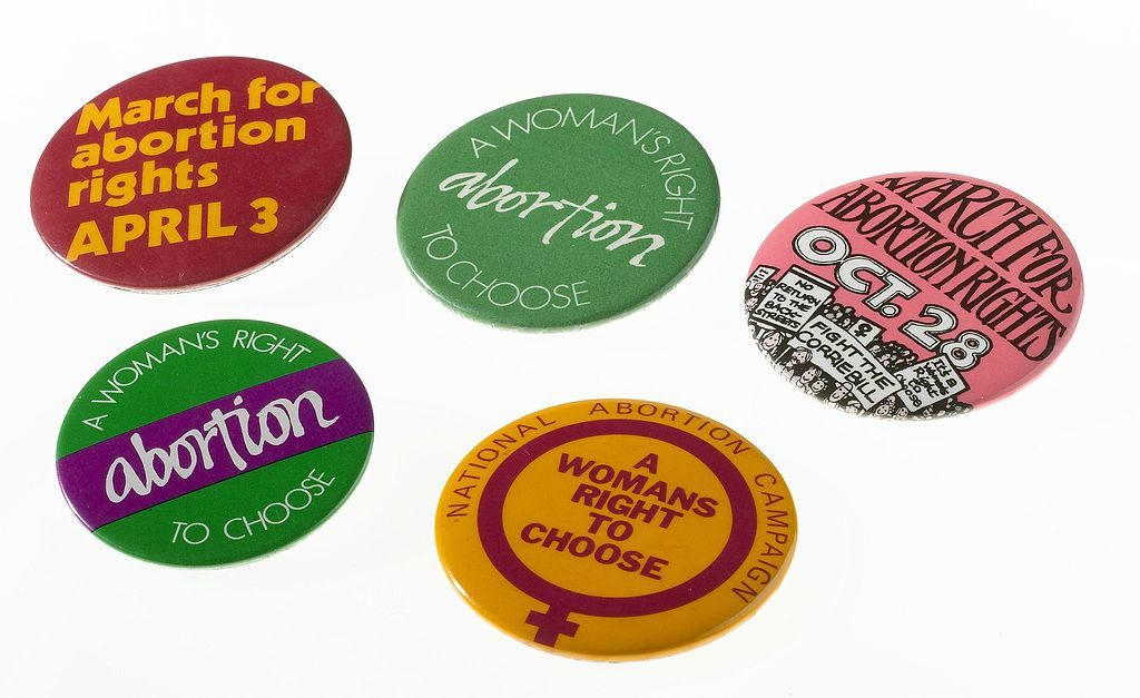 https://commons.wikimedia.org/wiki/File:Five_National_Abortion_Campaign_badges,_United_Kingdom,_1970_Wellcome_L0059391.jpg
