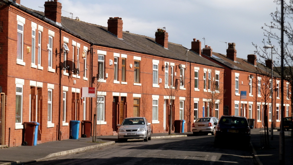 Wikimedia Commons https://upload.wikimedia.org/wikipedia/commons/6/64/Edith_Avenue_in_Moss_Side.jpg