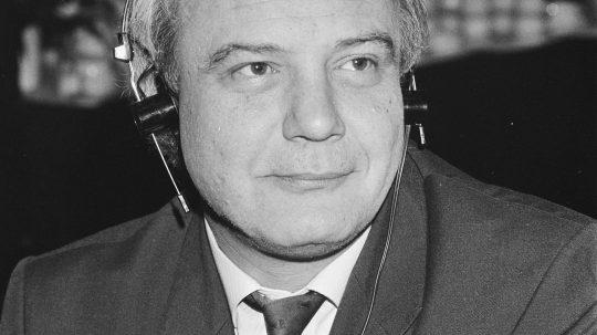 Soviet-Era Human Rights Activist Vladimir Bukovsky Dies