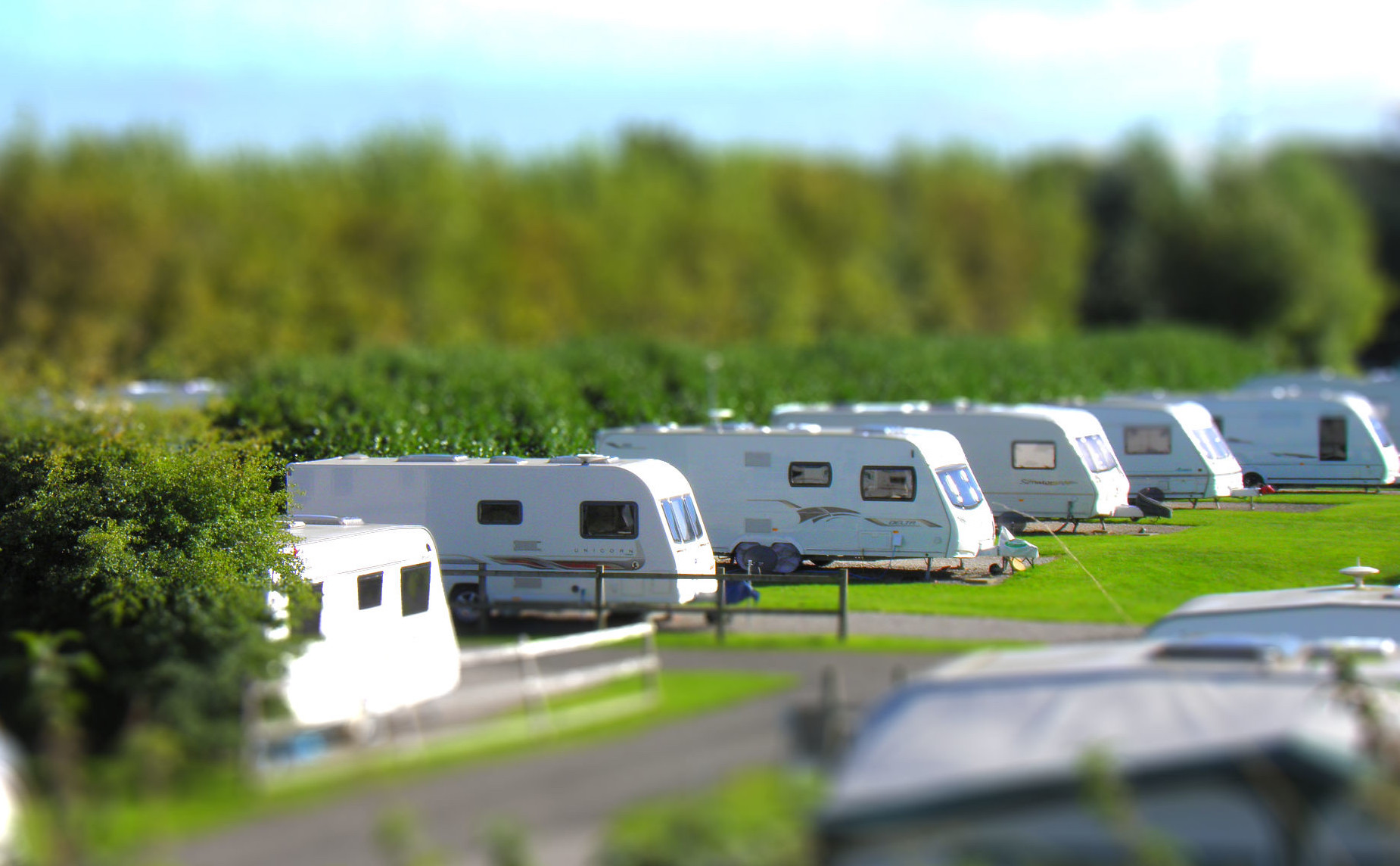 Charity the Traveller Movement is urging Traveller, Roma and Gypsy communities to vote on December 12. This is an image of Ripley Caravan Park. Image Credit: Rawdonfox / Flickr.